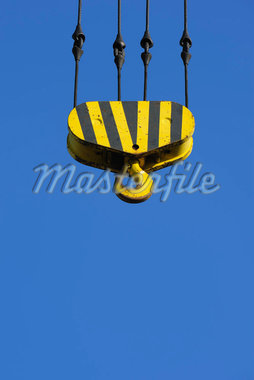 Industrial Crane Hook in Sky Stock Photo - Premium Royalty-Free, Artist: Raimund Linke, Code: 600-02860262
