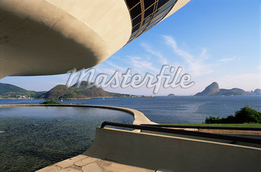 View across bay to Rio from Museo de Arte Contemporanea, by Oscar Niemeyer, Rio de Janeiro, Brazil, South America Stock Photo - Premium Rights-Managed, Artist: Robert Harding Images, Code: 841-02924497