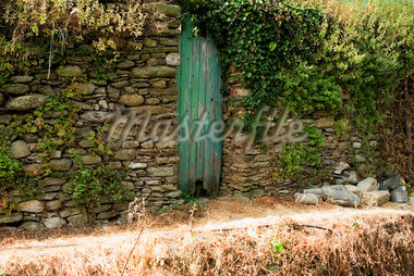 Door in a stone wall, Cinque Terre National Park, La Spezia, Liguria, Italy Stock Photo - Premium Royalty-Freenull, Code: 625-02928164