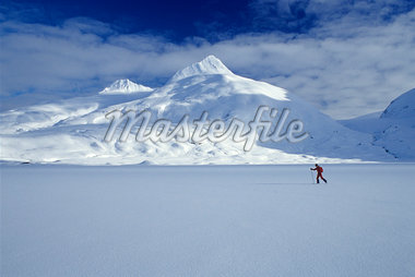 Cross country skier Portage Lake SC Alaska                                                                                                                                                               Stock Photo - Premium Rights-Managed, Artist: AlaskaStock              , Code: 854-02954894