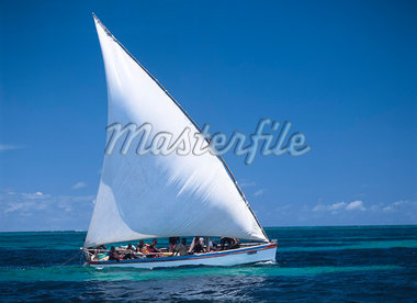 Fishermen at sea in a dhow,Ilha de Mocambique,Mozambique                                                                                                                                                 Stock Photo - Premium Rights-Managed, Artist: Axiom Photographic       , Code: 851-02961967