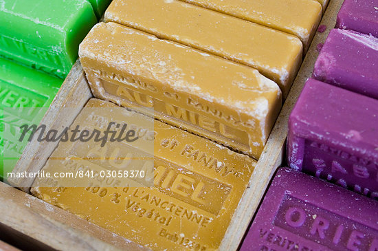 Marseille soap, Marche aux Fleurs, Cours Saleya, Nice, Alpes Maritimes, Provence, Cote d'Azur, French Riviera, France, Europe                                                                            Stock Photo - Direito Controlado, Artist: Robert Harding Images    , Code: 841-03058370