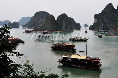 Boats in Halong Bay, Vietnam Stock Photo - Premium Rights-Managed, Artist: Jochen Schlenker, Code: 700-03407672