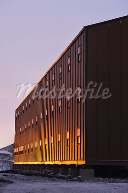 Building at Sunset, McMurdo Station, Ross Island, Antarctica Stock Photo - Premium Royalty-Free, Artist: Lalove Benedict, Code: 600-03466547