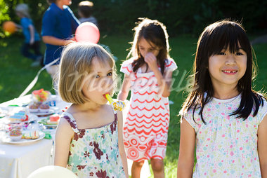 Children at outdoor party Stock Photo - Premium Royalty-Freenull, Code: 632-03500964