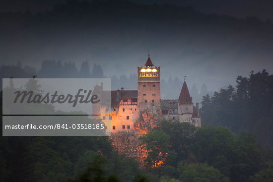 Bran castle (Dracula castle), Bran, Transylvania, Romania, Europe Stock Photo - Premium Rights-Managed, Artist: Robert Harding Images, Code: 841-03518185