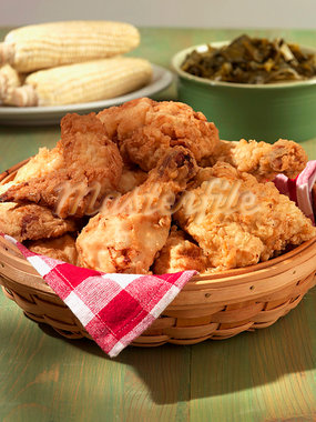 Fried Chicken with Corn and Collard Greens Stock Photo - Premium Royalty-Freenull, Code: 659-03521371