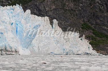 View of ice calving from Surprise Glacier in Harriman Fjord, Prince William Sound, Southcentral Alaska, Summer Stock Photo - Premium Rights-Managed, Artist: AlaskaStock, Code: 854-03646766
