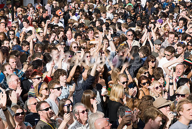 Crowds at Notting Hill Carnival, London Stock Photo - Premium Royalty-Freenull, Code: 614-03648569