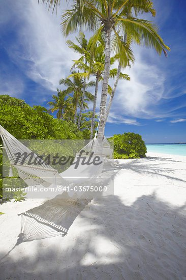 Hammock on empty tropical beach, Maldives, Indian Ocean, Asia Stock Photo - Premium Rights-Managed, Artist: Robert Harding Images, Code: 841-03675009