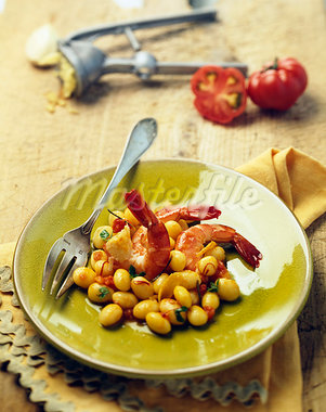 Shrimps and white beans with saffron Stock Photo - Premium Royalty-Freenull, Code: 652-03801610