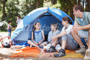 Family camping Stock Photo - Premium Royalty-Freenull, Code: 635-03860190