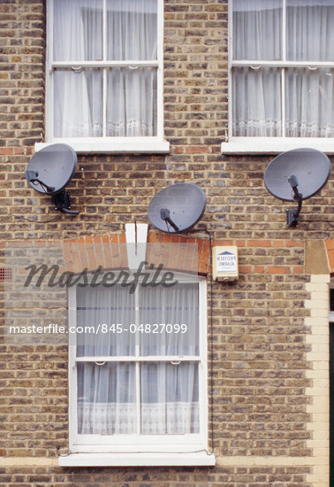 brick terrace, three satellite dishes and alarm. Shoreditch Stock Photo - Premium Rights-Managed, Artist: Arcaid, Code: 845-04827099