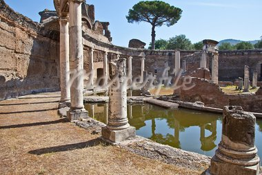 Roman columns in Villa Adriana, Tivoli, Italy Stock Photo - Royalty-Free, Artist: Perseomedusa                  , Code: 400-05384486