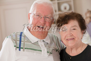 Portrait of a couple smiling Stock Photo - Premium Royalty-Freenull, Code: 6105-05397164