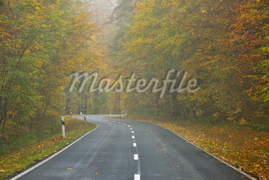 Country Road, Rhon Mountains, Hesse, Germany Stock Photo - Premium Royalty-Free, Artist: Raimund Linke, Code: 600-05524511