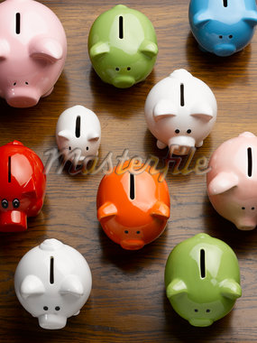 Multi-colored ceramic piggy banks Stock Photo - Premium Royalty-Freenull, Code: 635-05550296