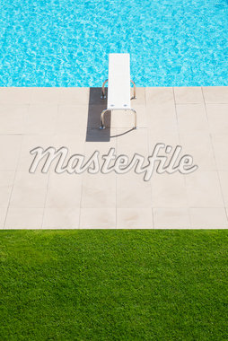 Diving board over pool Stock Photo - Premium Royalty-Freenull, Code: 635-05550314