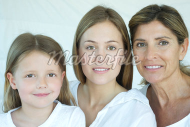 Mother, daughter and grandmother, portrait Stock Photo - Premium Royalty-Freenull, Code: 632-05553802