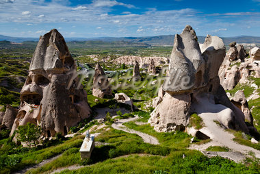 Rock Formations and Dwellings, Uchisar, Cappadocia, Turkey Stock Photo - Premium Rights-Managed, Artist: R. Ian Lloyd, Code: 700-05609592