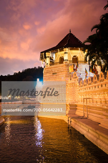 Temple of the Tooth during Kandy Perehera Festival, Kandy, Sri Lanka Stock Photo - Premium Rights-Managed, Artist: R. Ian Lloyd, Code: 700-05642283
