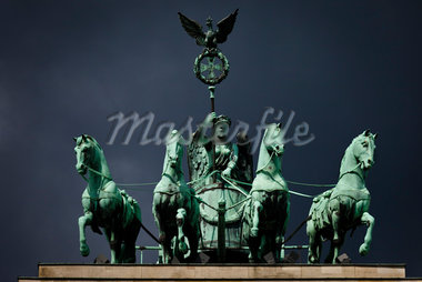 Quadriga atop Brandenburg Gate, Berlin, Germany Stock Photo - Premium Rights-Managed, Artist: R. Ian Lloyd, Code: 700-05642485