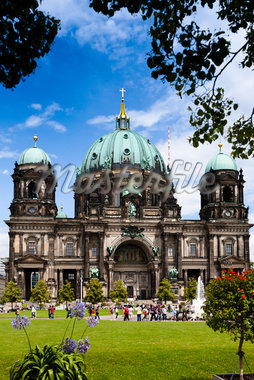 Berlin Cathedral, Museum Island, Berlin, Germany Stock Photo - Premium Rights-Managed, Artist: R. Ian Lloyd, Code: 700-05642514