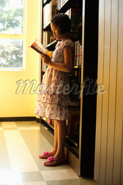 Girl Reading in Library Stock Photo - Premium Rights-Managed, Artist: dk & dennie cody, Code: 700-05653169