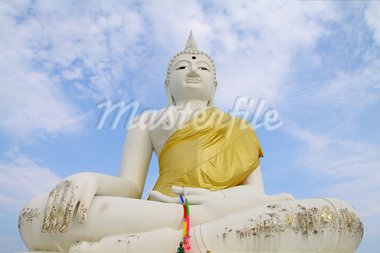 white Buddha statue with clear sky in Thailand Stock Photo - Royalty-Free, Artist: wiangya                       , Code: 400-05702891