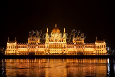 Highly detailed photo of the Parliament in Budapest at night, Hungary Stock Photo - Royalty-Free, Artist: slunicko1977                  , Code: 400-05751841