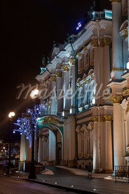 Winter Palace and Alexander Column in St. Petersburg, Russia Stock Photo - Royalty-Free, Artist: sateda                        , Code: 400-05754435