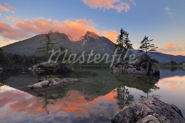 Lake Hintersee and Hochkalter at Sunset, Ramsau, Berchtesgaden, Berchtesgadener Land, Berchtesgaden Alps, Upper Bavaria, Germany Stock Photo - Premium Royalty-Free, Artist: Martin Ruegner, Code: 600-05762065