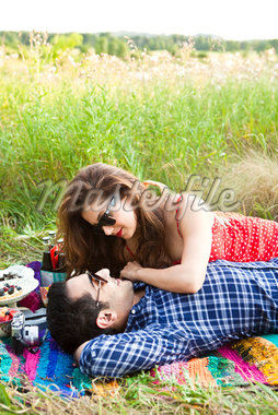 Couple having Picnic, Unionville, Ontario, Canada Stock Photo - Premium Royalty-Free, Artist: Ikonica, Code: 600-05786087