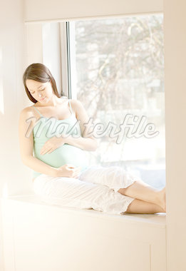 Pregnant woman Stock Photo - Premium Royalty-Freenull, Code: 679-05797675