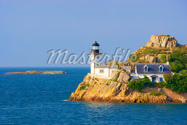 Lighthouse on Louet Island, Bay of Morlaix, Finistere, Bretagne, France Stock Photo - Premium Rights-Managed, Artist: Tim Hurst, Code: 700-05803757