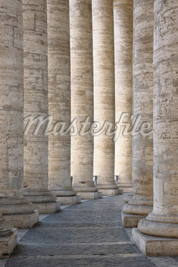 Saint Peter's Basilica Colonnade, Saint Peter's Square, Vatican City, Rome, Italy Stock Photo - Premium Rights-Managed, Artist: Martin Ruegner, Code: 700-05821964