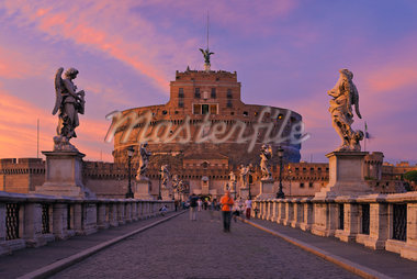 Castel Sant'Angelo and Ponte Sant'Angelo, Rome, Lazio, Italy Stock Photo - Premium Rights-Managed, Artist: Martin Ruegner, Code: 700-05821970