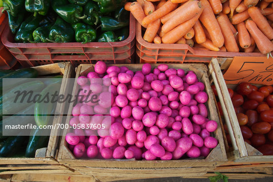 Purple Potatoes at Outdoor Market, Patzcuaro, Michoacan, Mexico Stock Photo - Direito Controlado, Artist: Ron Stroud, Code: 700-05837605
