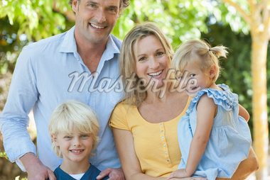 Family together outdoors, portrait Stock Photo - Premium Royalty-Freenull, Code: 632-05845246