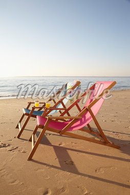Beach Chairs, Biscarrosse, Landes, Aquitaine, France Stock Photo - Premium Royalty-Free, Artist: photo division, Code: 600-05854207