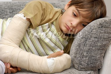 sad teenage caucasian boy with broken arm bone Stock Photo - Royalty-Free, Artist: simply                        , Code: 400-05883368