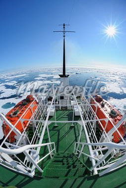 Expedition Vessel, Greenland Sea, Arctic Ocean, Arctic Stock Photo - Premium Rights-Managed, Artist: Raimund Linke, Code: 700-05947702