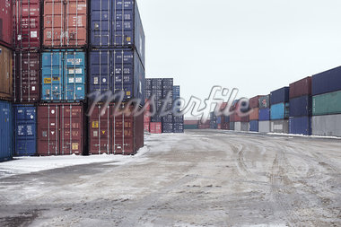Containers in snowy harbor Stock Photo - Premium Royalty-Freenull, Code: 649-05950431