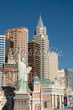 New York-New York Hotel and replica of Statue of Liberty, Las Vegas, Nevada, United States of America, North America Stock Photo - Premium Rights-Managed, Artist: Robert Harding Images, Code: 841-05962752
