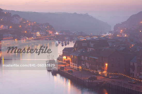 Sea fog builds over the town of Looe, Cornwall, England, United Kingdom, Europe Stock Photo - Premium Rights-Managed, Artist: Robert Harding Images, Code: 841-06032829