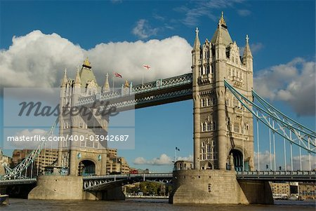 London tower bridge with blue sky background Stock Photo - Budget Royalty-Free, Image code: 400-03942687