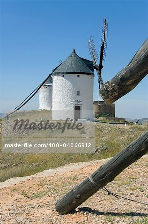 Windmills in Consuegra city, Toledo (Spain) Stock Photo - Budget Royalty-Free, Image code: 400-04066912
