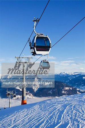 Cable car going to Schmitten ski resort in Zell Am See, Austria Stock Photo - Budget Royalty-Free, Image code: 400-04309645