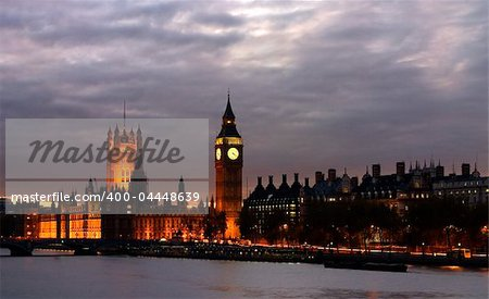 Big Ben with House of Parliament Londona and Thames River Stock Photo - Budget Royalty-Free, Image code: 400-04448639
