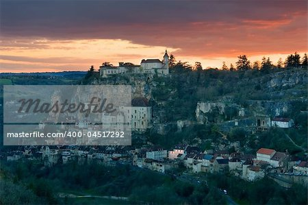To get dark in the village of Rocamadour (France) Stock Photo - Budget Royalty-Free, Image code: 400-04517292